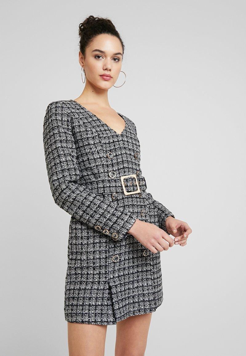 Forever New - BELTED DRESS - Shift dress - black/white