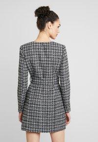 Forever New - BELTED DRESS - Shift dress - black/white - 3