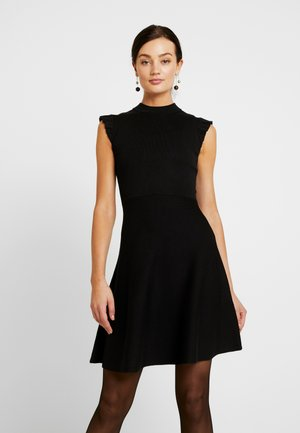 BILLY FIT AND FLARE DRESS - Pletené šaty - black