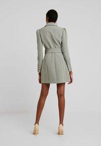 Forever New - BERNADETTE BELTED BLAZER DRESS - Day dress - khaki - 3