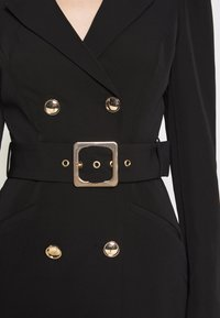 Forever New - BERNADETTE BELTED BLAZER DRESS - Vestido informal - black - 5