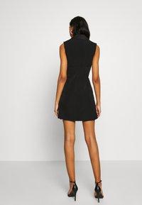 Forever New - NALA SLEEVELESS TUX DRESS - Vestido informal - black - 2