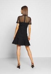 Forever New - STEPHS PONTE DRESS - Žerzejové šaty - black - 2