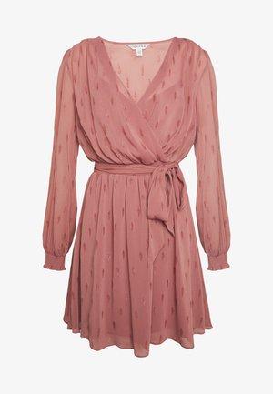 DRESS - Robe d'été - dusty rose