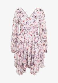 Forever New - TAYLOR SPLIT SLEEVE SKATER DRESS - Vestido informal - light pink - 4