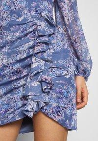 Forever New - TASSA FLORAL MINI - Kjole - blue floral - 5