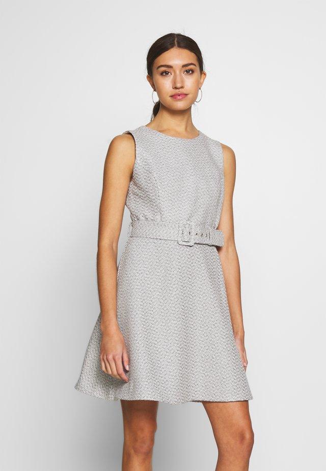 BOUCLE DRESS - Sukienka letnia - boucle