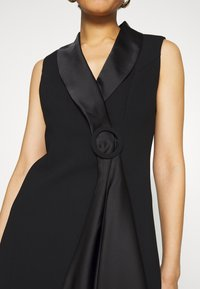 Forever New - DRAPE TUXEDO DRESS - Etuikjole - black - 6