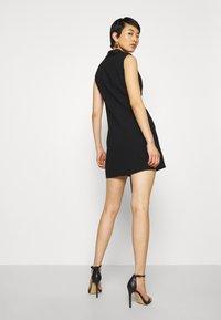 Forever New - DRAPE TUXEDO DRESS - Etuikjole - black - 2