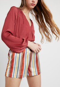 Forever New - ROXANNE WRAP - Bluser - pink canyon - 5