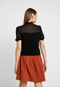 Forever New - BRONTE ROLL NECK - T-shirt print - black - 2