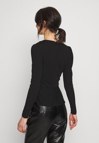 Forever New - PUFF SLEEVE WAISTED - Topper langermet - black - 2