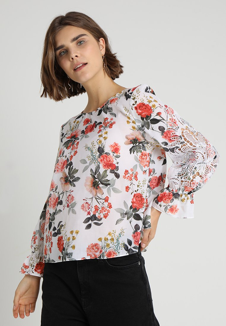 Forever New - FLORA EMBROIDERED SLEEVE BLOUSE - Túnica - rose