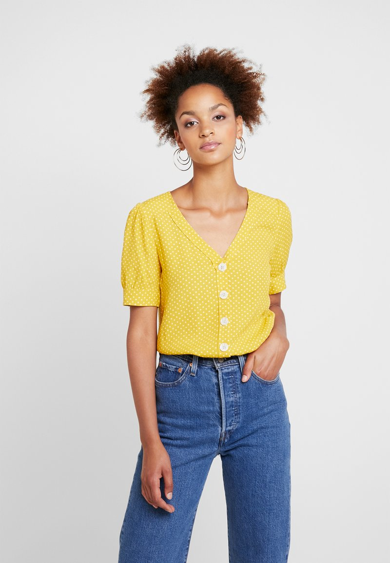 Forever New - CORA BUTTON SPOT PUFF SLEEVE - Bluse - ochre