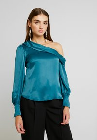 Forever New - KENDRA ASYMMETRICAL - Blusa - emerald - 0