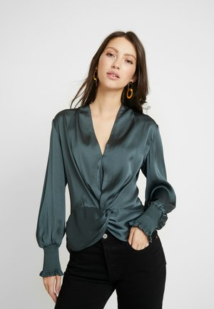 CYNTHIA TWIST BLOUSE - Blus - soft moss