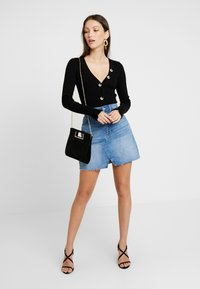 Forever New - JESSIE BUTTON UP CARDIGAN - Cardigan - black - 1