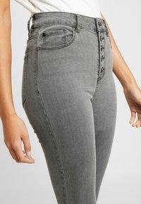 Forever New - HEIDI JEAN - Jeans Skinny Fit - brooklyn grey - 3