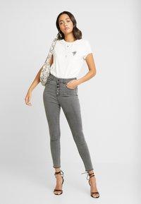 Forever New - HEIDI JEAN - Jeans Skinny Fit - brooklyn grey - 1