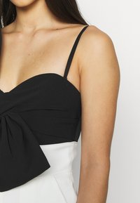 Forever New - BOW BODICE - Mono - black/white - 5