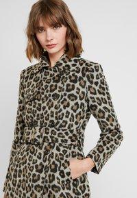 Forever New - LINDA LEOPARD - Classic coat - brown - 4