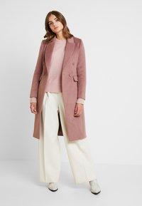 Forever New - TORI - Classic coat - dry rose - 1