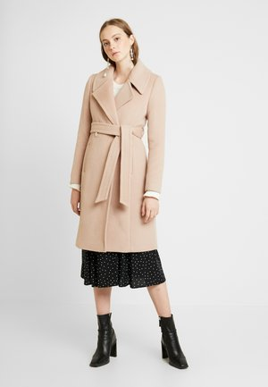 FLOW WRAP COAT - Villakangastakki - camel
