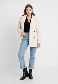 Forever New - BROOKE COAT - Cappotto corto - cream - 1