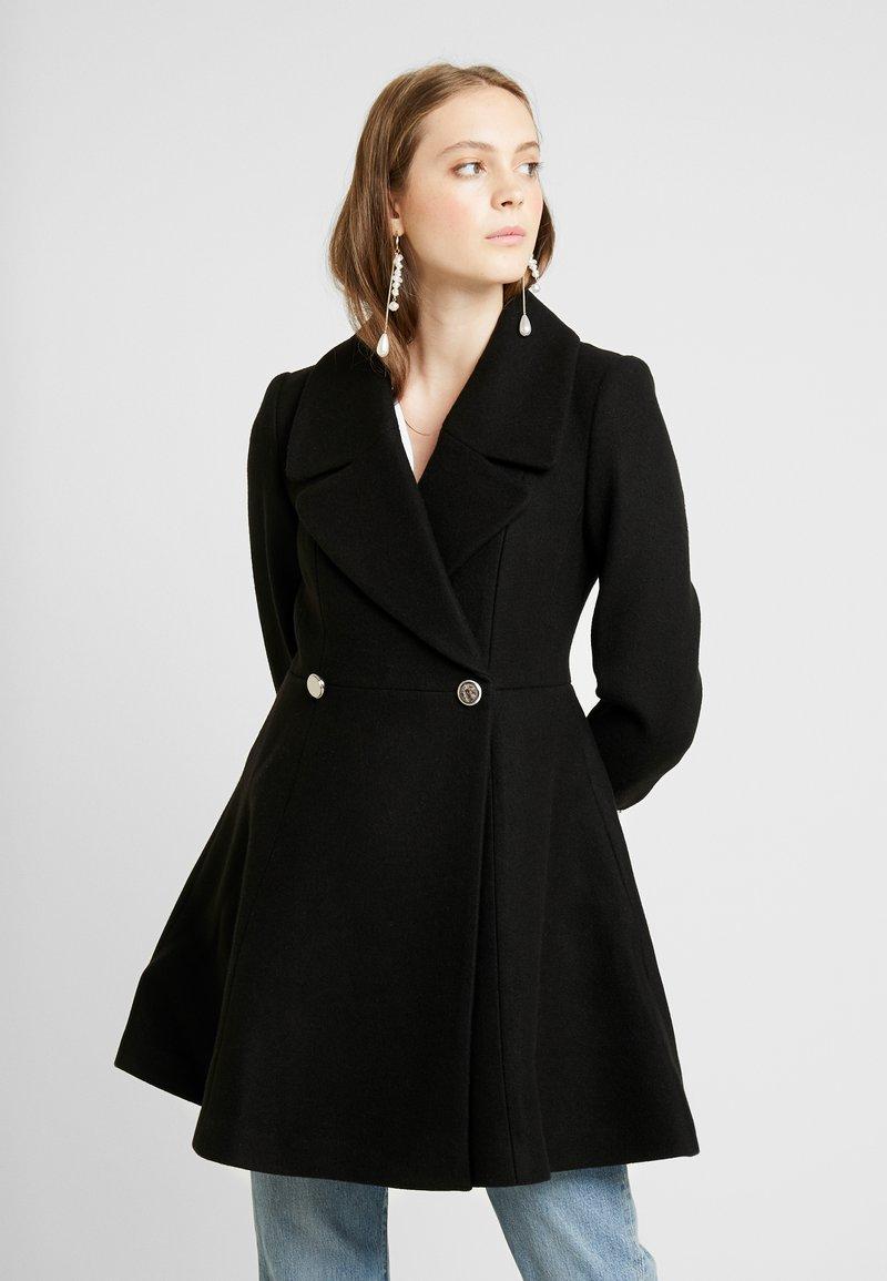 Forever New - HANNA FIT FLARE - Krátký kabát - black