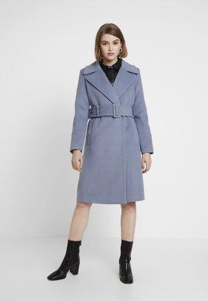 BELLA WRAP COAT - Płaszcz wełniany /Płaszcz klasyczny - denim bluie