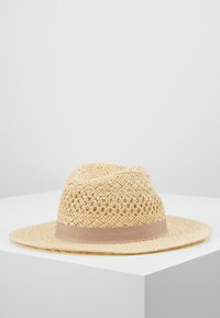 Forever New - CARA CUT OUT FEDORA HAT - Klobouk - natural/taupe - 2