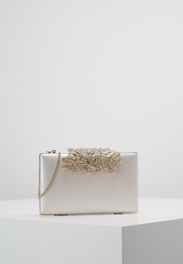 CHARLOTTE BAG - Clutch - nude shimmer