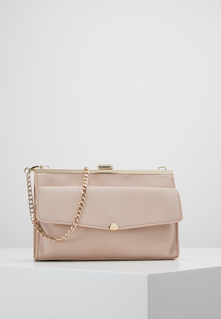 Forever New - ELISE FRAME CLUTCH - Clutches - blush