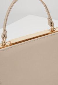 Forever New - KATIE TOP HANDLE FRAME - Handbag - nude - 6