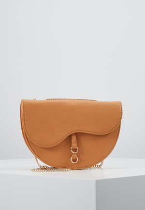 AVA CROSSBODY BAG - Axelremsväska - tan
