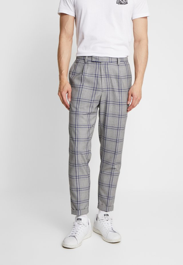 TROUSER - Stoffhose - grey