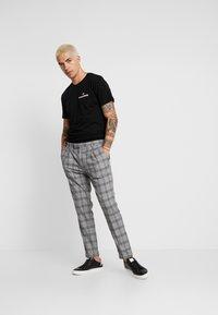 FoR - TEALO TROUSER - Kalhoty - grey - 1