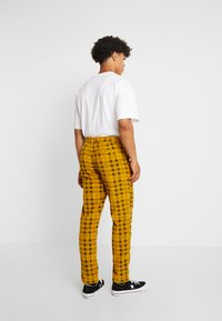 FoR - CHECK TROUSER - Kalhoty - yellow - 2