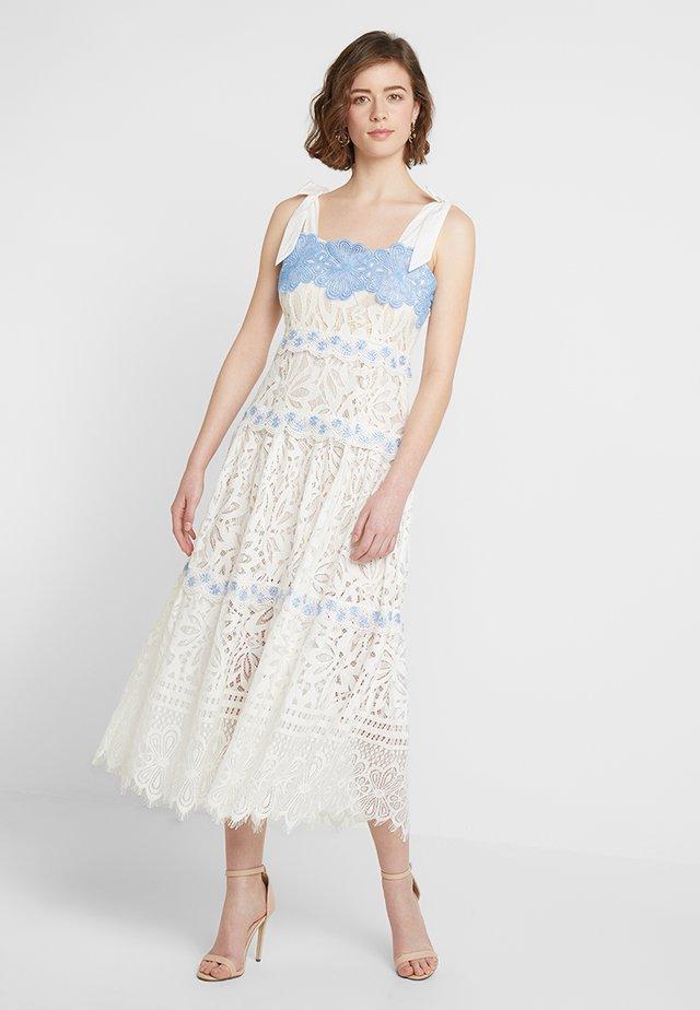 HALINA DRESS - Cocktailkjoler / festkjoler - white multi