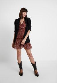 Foxiedox - LUNA SMOCKED DRESS - Vestido informal - metallic red - 2