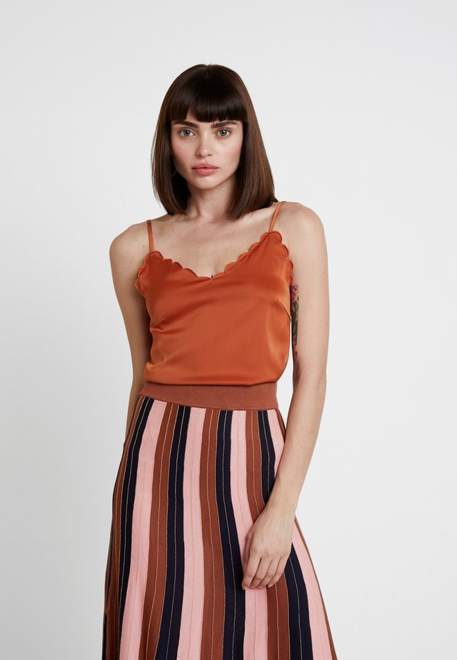 SCALLOP TANK - Top - rust