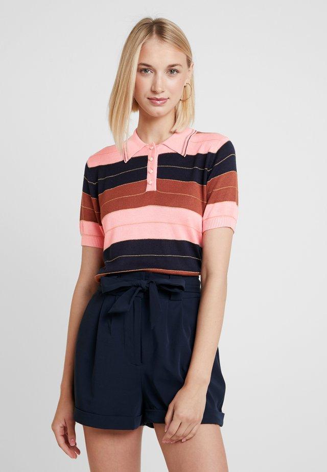 NINA - T-shirts print - pink
