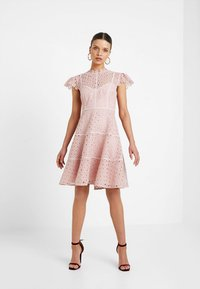 Forever New Petite - ELLA SKATER DRESS - Cocktail dress / Party dress - blush - 1