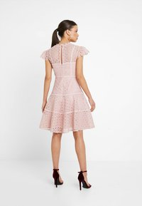 Forever New Petite - ELLA SKATER DRESS - Cocktail dress / Party dress - blush - 2