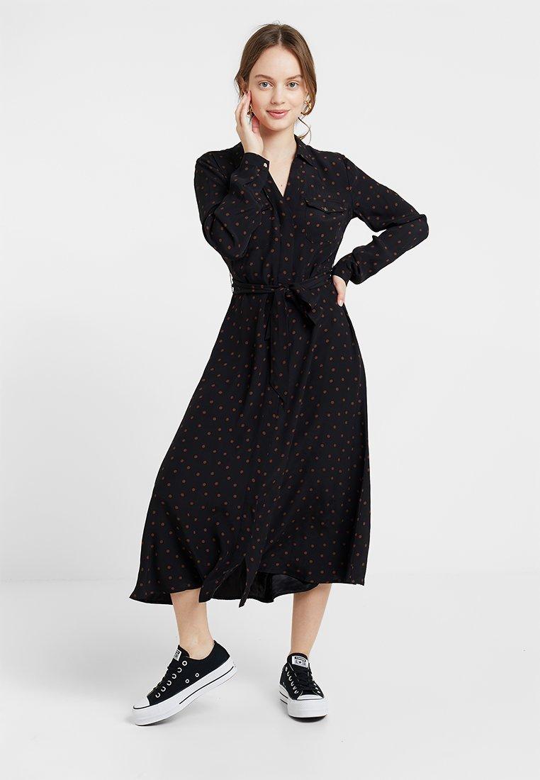 Forever New Petite - PRINTED DRESS - Maxikleid - black/rust