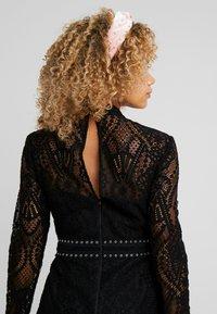 Forever New Petite - MINI DRESS - Cocktail dress / Party dress - black - 7