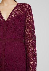 Forever New Petite - MICHELLE DRESS - Cocktail dress / Party dress - plum - 6