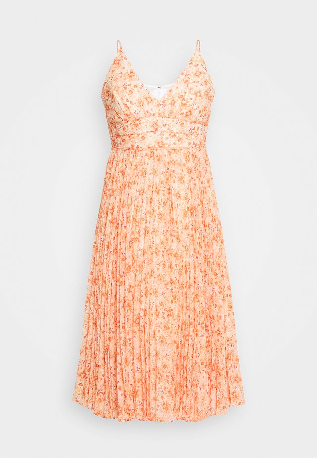 PLEATED MAXI DRESS - Cocktail dress / Party dress - orange