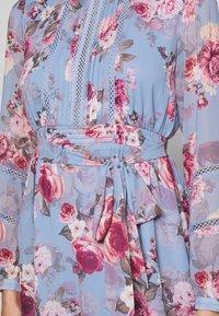 Forever New Petite - PINTUCK SKATER DRESS - Robe d'été - dusty amethyst - 6