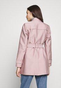 Forever New Petite - HELENA - Korte frakker - pink - 2